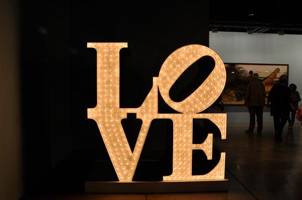 Robert Indiana Neon Love Art Basel 2010 Deppe_Parker