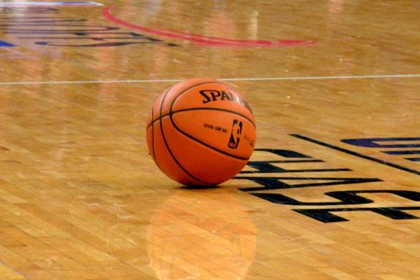 Knicks_ball