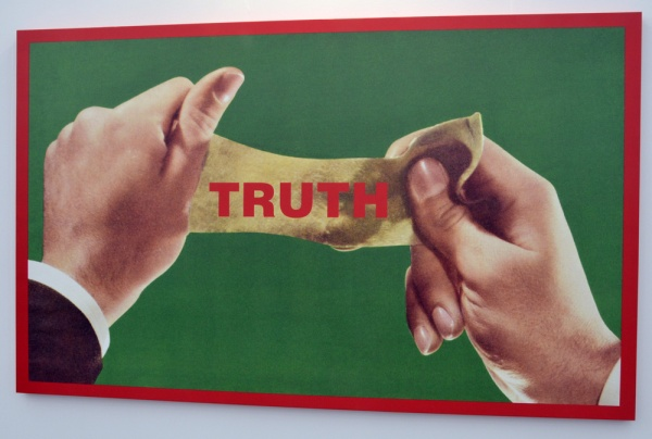 Barbara _Kruger_Frieze2013
