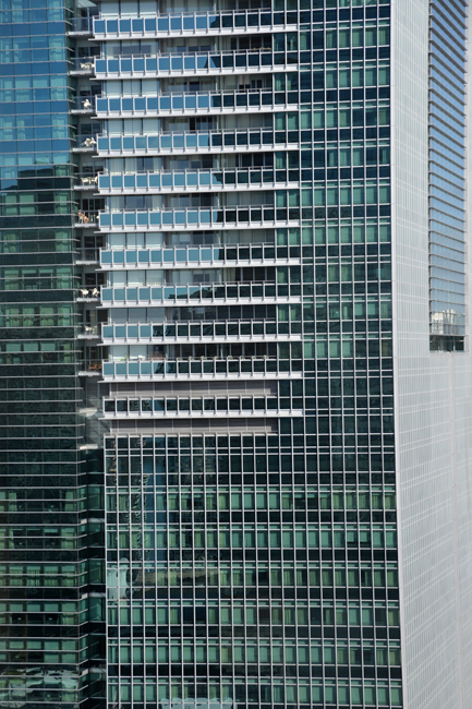 Miami_architecture_glass_building