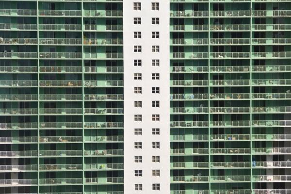 Miami_architecture_glass_building3