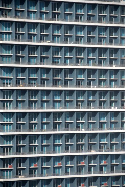 Miami_architecture_glass_windows