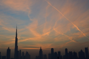 dubai_skyline_before_sunrise